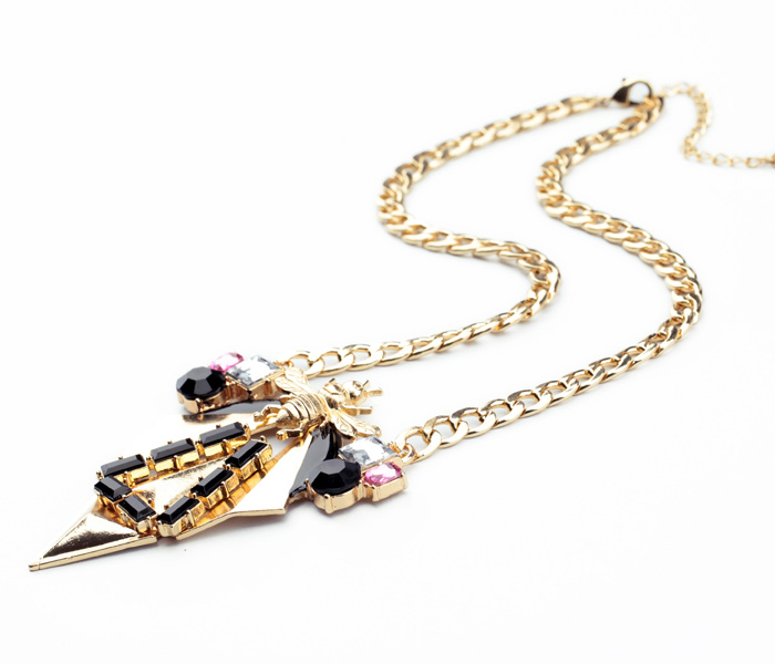 FEmNmas insect bee celebrity choker necklace