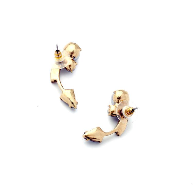 Pearl Curvy Fashion Earring