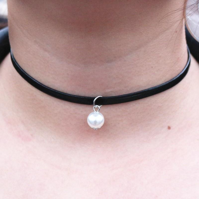 Shop Simple Pearl Choker Online