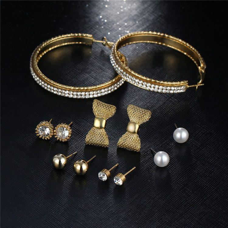 Golden Fashion Jewellery Gift Set For Girls